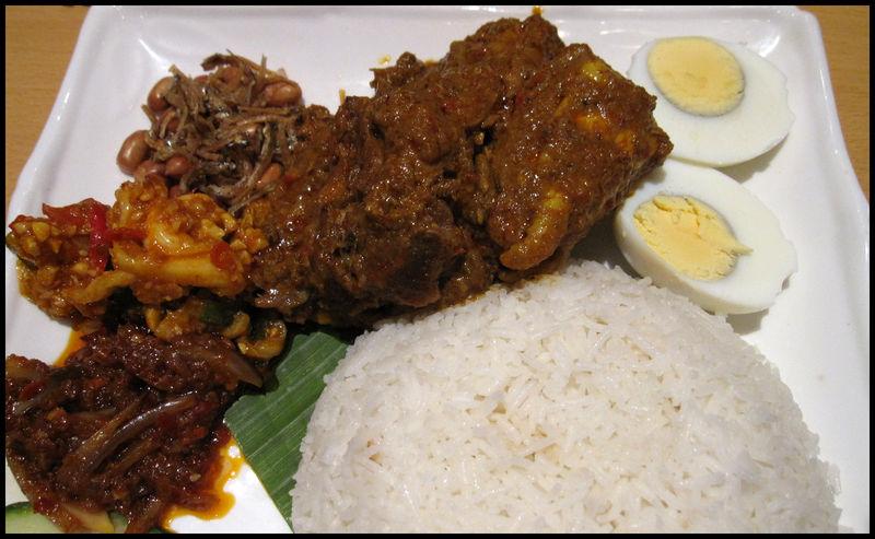 Rasa sayang nasi lemak