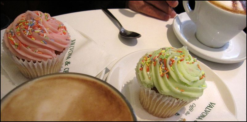 Valvona crolla cupcakes