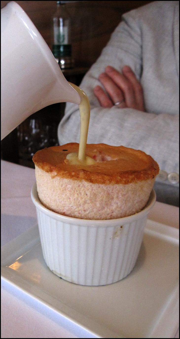 Souffle w custard