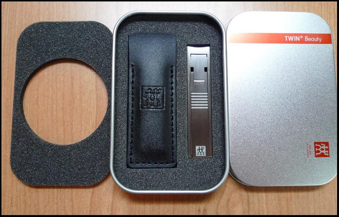 Travel clipper box