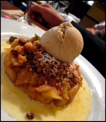 Oscars_apple_crumble