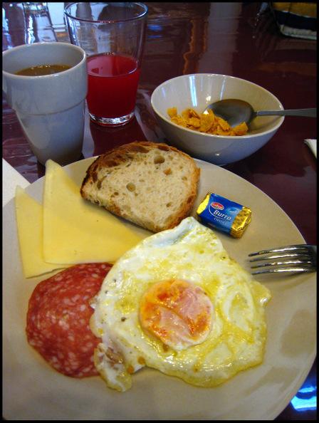 Casa_banzo_breakfast