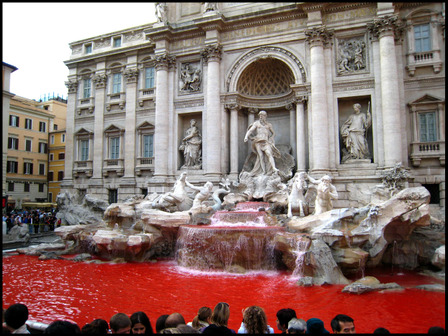 Trevi_red_2