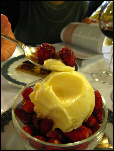 Piperno_dessert_strawberries