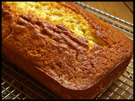 Ginger_cake_cooling