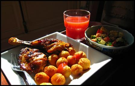 Lunch_chicken_leg_salad
