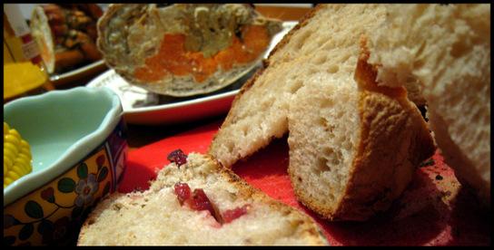 Torteaux_jurancon_and_bread_2