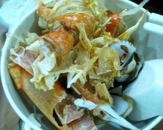 Crab_shell_pickings_1