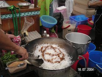 frying_noodles